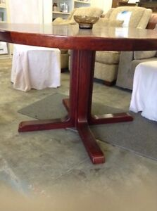 Did you purchase this table at the ReStore?? Stratford Kitchener Area image 3