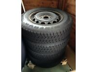 Set of 4 winter tyres with wheel rims 155/80/R13