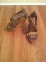 BRAND NEW BROWN FAUX LEATHER WEDGE SANDAL SIZE 6