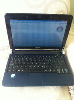 Acer Aspire One laptop for sale(netbook)