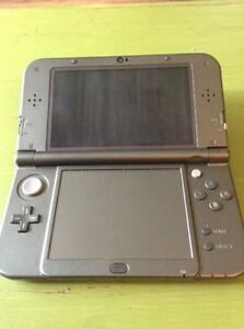 BRAND NEW 3DS XL, WITH CHARGER!!!