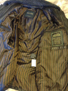 Danier Leather Jacket (Mens Small)