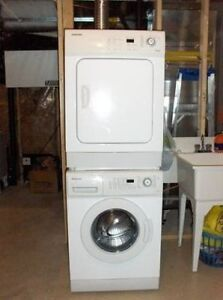 Apartment size frontload digital Samsung washer dryer stackable