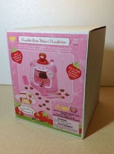 **NEW IN BOX** 2003 Strawberry Shortcake Chocolate Shape Maker Cambridge Kitchener Area image 5
