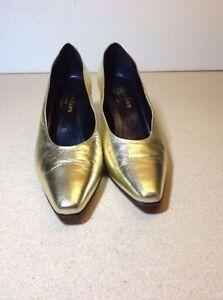 Town Shoes brand metallic leather heels - size 8.5 Cambridge Kitchener Area image 5
