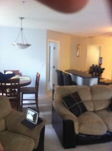 Large 2 bedroom Condo by West Edm Mall Oct 15 or Nov 1