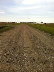 60 subdividable ac on hwy 44 13 min to Costco St. Albert