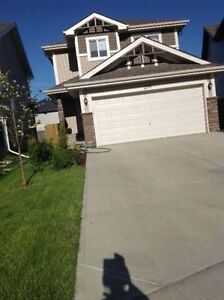 Beautiful house 3 br/ 2.5 bath/ dbl garage in SW Edm from June