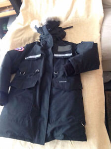Canada Goose chilliwack parka sale store - Canada Goose Jacket | Buy or Sell Clothing in Calgary | Kijiji ...