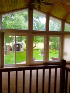 Furnished Rooms Available for Female in Charleswood