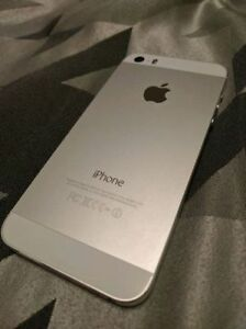 WHITE Apple iPhone 5S 32 GB - Telus / Koodo
