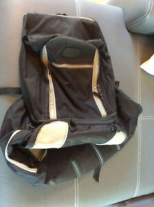 Sac a bagages BMW 4en 1 comme neuf