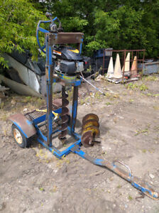 NEWER 6 HP GAS FENCE POST AUGER IN GREAT SHAPE + TWO BITS $1200