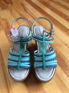 Hush puppies wedge sandals Size 10.5/11