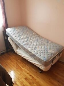 "SINGLE VIBRATING BED BY ""CRAFTMATIC"""