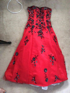 Beautiful Graduation Gown Dress Red Black Hand Beaded