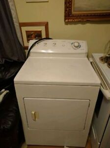 WASHER DRYER STOVE FRIGIDAIRE GALLERY 14 CYCLES HEAVY DUTY West Island Greater Montréal image 2