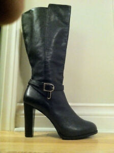 Platform boots leather Size 10 Easy to walk in and comfortable.
