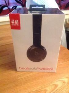 Beats by Dr. Dre Solo 3 Wireless Headphones BRAND NEW UNOPENED