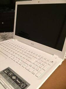 "(Brand New!) Acer Aspire 15.6"" 8GB 1TB Windows10 LapTop"