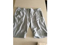 Oakley Dri-Fit golf shorts size 36