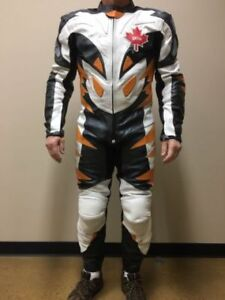 """""""""""FC - Moto ""Full body leather suit"""""""""" Ad with Kijiji Rock"