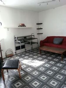 Room For rent in a large flat