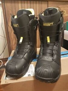 Burton Driver X Mens 7.0 Snowboard Boots barely used