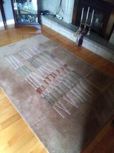 100% Wool Carpet Rug Hand Made In India Like New!