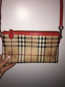 BURBERRY CROSS-BODY/ CLUTCH HAYMARKET
