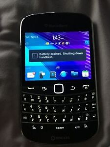 Mint condition Blackberry bold 9900 touch screen