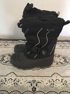 winter boots size 13. AVAILABLE