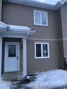 [2 story Townhouse] FOR RENT *first month free *Evergreen