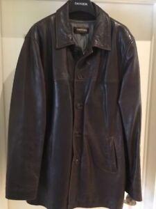 Men's Danier Leather fall/winter Jacket - size XL
