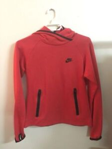 Womens Nike Tech Fleece Pull Over