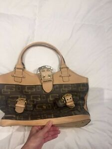 Women's Guess bag for sale St. John's Newfoundland image 2