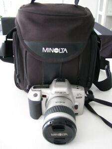 Caméra MINOLTA Maxxumm QTsi 35mm SLR.