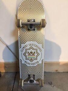 Like new Element skateboard