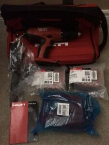 BRAND NEW HAMMER DRILL/DRIVER W/BAG SFH 18-A