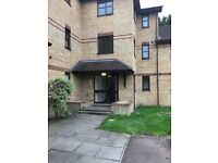 We are pleased to offer this lovely spacious one bed flat.