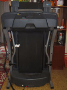 Pro-Form Crosswalk Caliber Treadmill with iFIT Technology