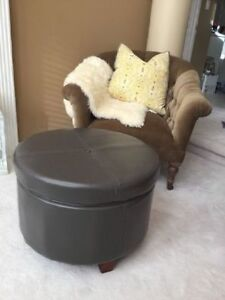 Large Lovely Basically New Modern Grey Ottoman with a Storage