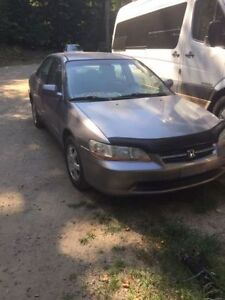 2000 Honda Accord EX Sedan....ONLY 129K