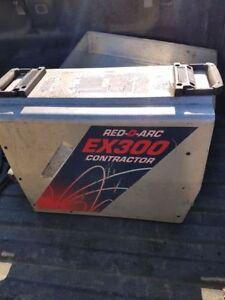 Red-D-Arc Ex300 Welder