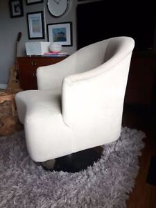 REDUCED - Set of 2 Grey Swivel Chairs Kitchener / Waterloo Kitchener Area image 2