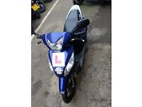 HONDA VISION 110cc 2011 VERY CLEAN AND TIRE UP BIKE