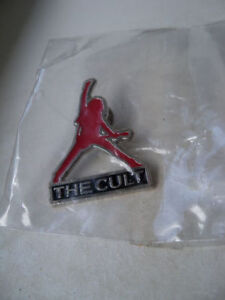 "The Cult ""Sonic Temple Tour"" collector pin(1990) -mint condition"