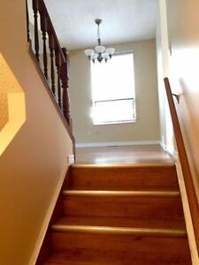 Big Bright Beautiful NW Home - Great neighborhood - A must see