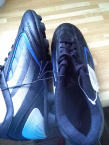 brand new soccer cleats, men size 8 and 7