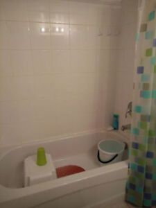 1/2 rent free -1 month .Apartment for sublease rent in Ddo West Island Greater Montréal image 9